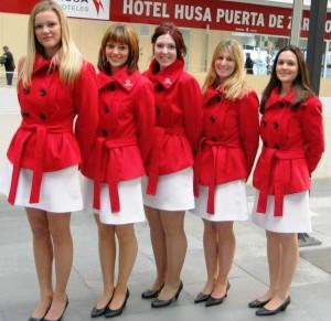 Azafatas en eventos, ferias y congresos, en Zaragoza para Vodafone.
