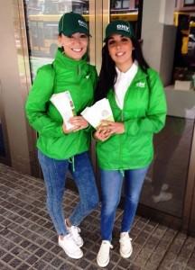Street Marketing DKV Seguros con la agencia de azafatas en Zaragoza adico